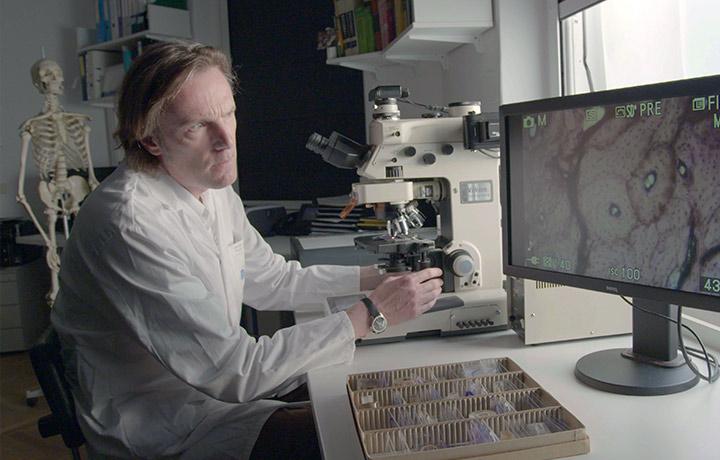 Dr. Fabian Kanz headshot