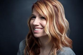 Shannon Kornelsen Headshot